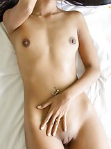 Tiny Breasts, Boom B4  uncovers her fantastic breasts